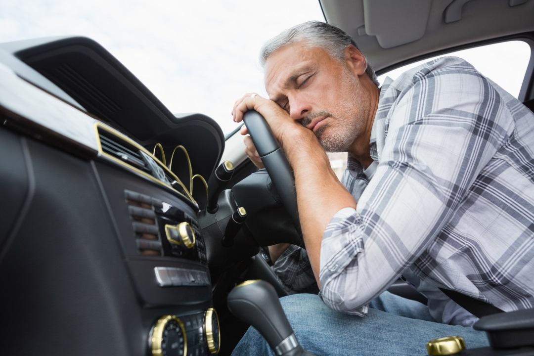 Heti rendszeres pihenőidő a járműben?